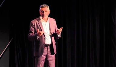 Pourquoi je vais travailler ... | Pierre-Yves Gomez | TEDxEMLYON